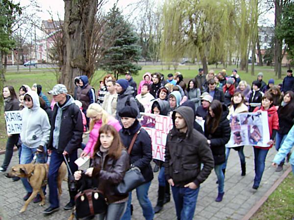 Protest przeciwko zabijaniu bezdomnych zwierząt na Ukrainie (Fot. Zbigniew Cierpiński)