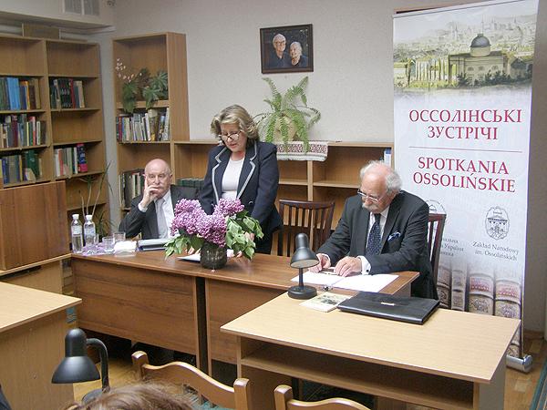Prezydium XXIV Spotkania Ossolińskiego (Fot. Jurij Smirnow)
