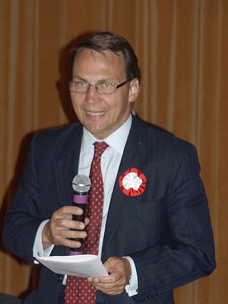 Cztery punkty ministra Sikorskiego