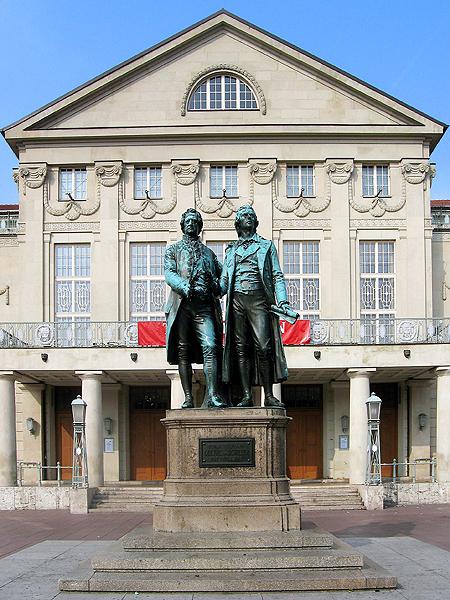 Pomnik Goethego i Schillera w Weimarze autorstwa Ernsta Rietschela, 1857r. (Fot. en.wikipedia.org)
