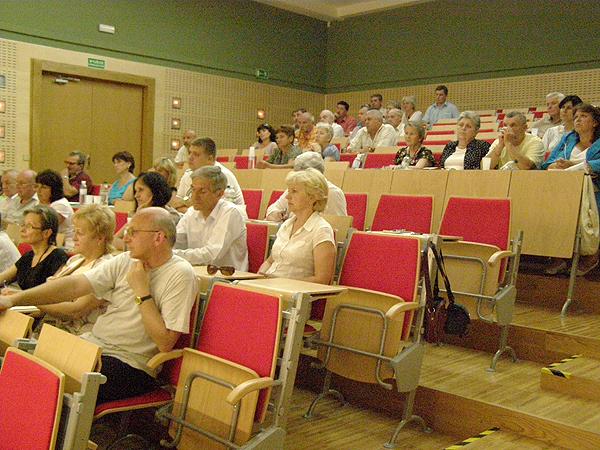 Prezesi organizacji polskich na spotkaniu w konsulacie (Fot. Krzysztof Szymański)
