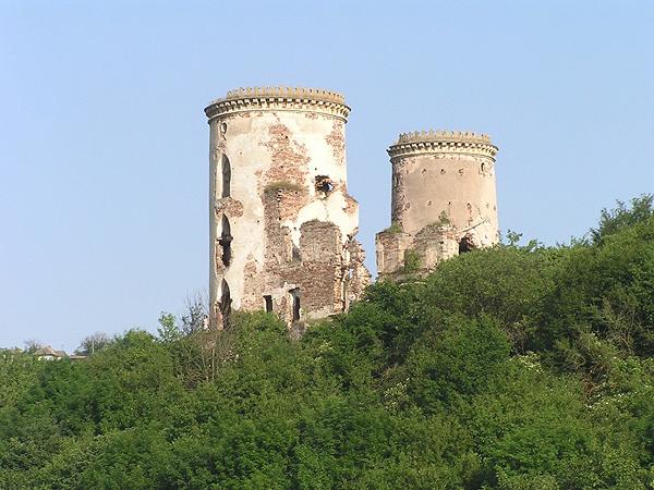 Ruiny zamku w Czerwonogrodzie (Fot. Łarysa Rymar)