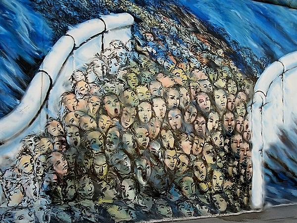 Pod Berlińskim Murem