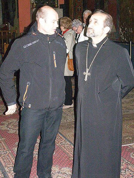 Andrzej Kazberuk i proboszcz katedry ormiańskiej ks. Tadeos Geworgian (Fot. Jurij Smirnow)