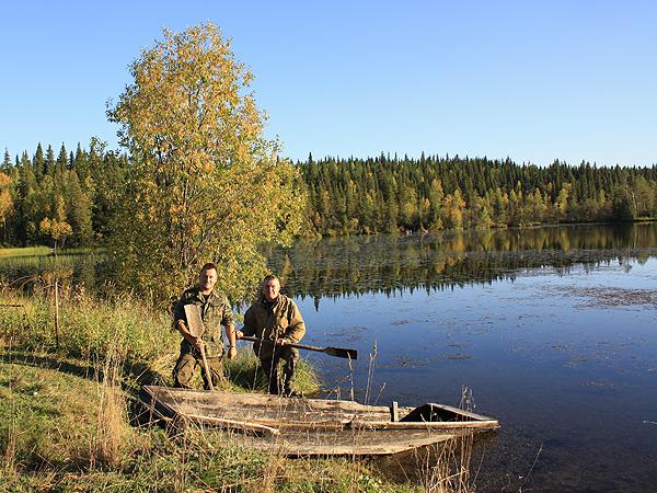 Brzeg jeziora w nieistniejącym już specposiołku Paczicha (Fot. archiwum, Adama Kaczyńskiego)