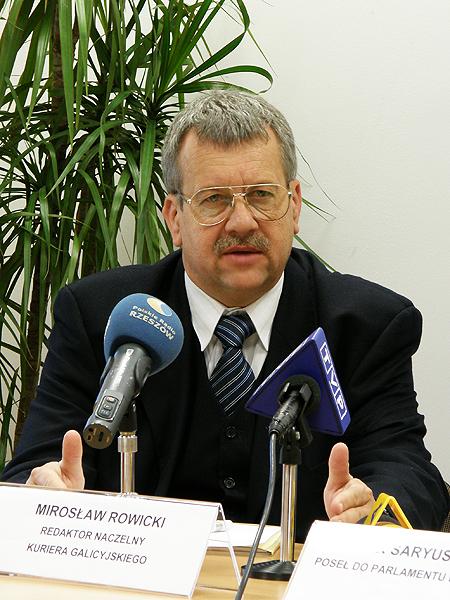 """Redaktor naczelny """"Kuriera Galicyjskiego"""" Mirosław Rowicki (Fot. Kinga Kalinowska)"""