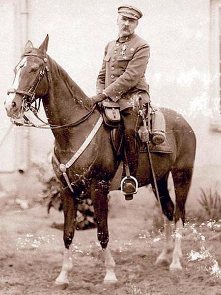 Piłsudski na Kasztance. Sulejówek (Fot. dziennikpolski24.pl)