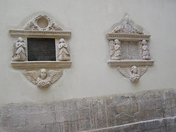 Odnowione epitafia rodziny Augustynowiczów (Fot. Jurij Smirnow)