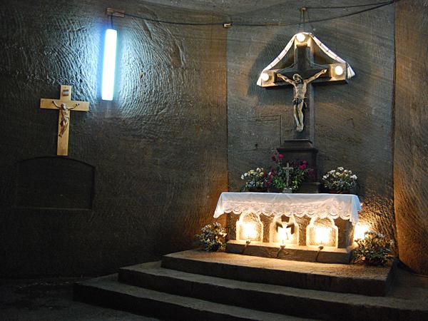 Podziemny kościółek św. Barbary we wsi Kaczyka (Fot. Konstanty Czawaga)