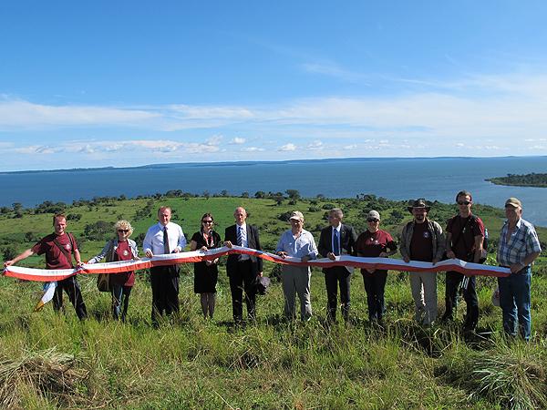 Polska delegacja nad Jeziorem Wiktorii w Ugandzie (Fot. Anna Hejczyk)