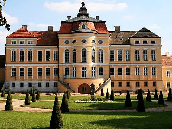 Pałac i park w Rogalinie (Fot. slonecznezacisze.eu)