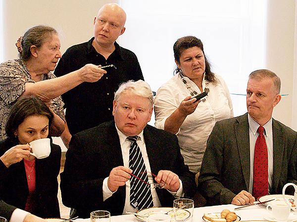 Minister Janusz Cisek podczas spotkania z dziennikarzami polskich mediów na Ukrainie (Fot. Maria Basza)