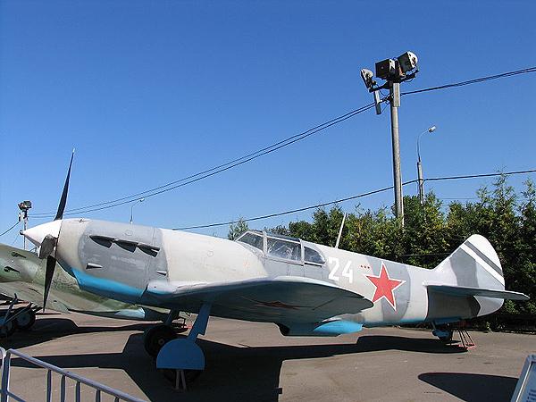 Wielozadaniowy bombowiec szturmowy Ła GG (Fot. pl.wikipedia.org)