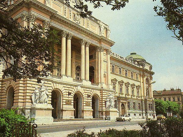 Gmach dawnego Sejmu Galicyjskiego (Fot. wostok / cccpblogspotcom.blogspot.com)