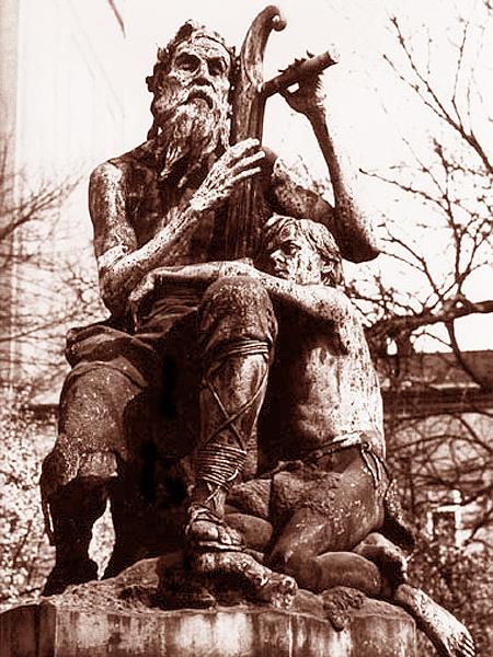 Pomnik Wernyhorze (Fot. zwoje-scrolls.com)