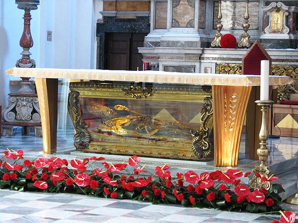 Zachowały się co najmniej trzy lub cztery autentyczne głowy św. Walentego, w tym – jedna w samborskiej cerkwi p.w. Wniebowzięcia Najświętszej Maryi Panny (Fot. ks. Marian Skowyra)