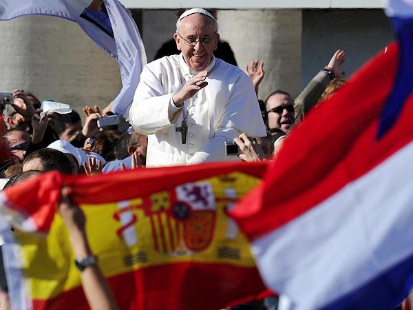 Papież Franciszek podczas mszy inaugurującej jego pontyfikat (fot. Ettore Ferrari/PAP/EPA)