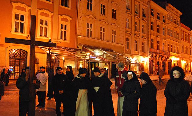 Droga Krzyżowa we Lwowie
