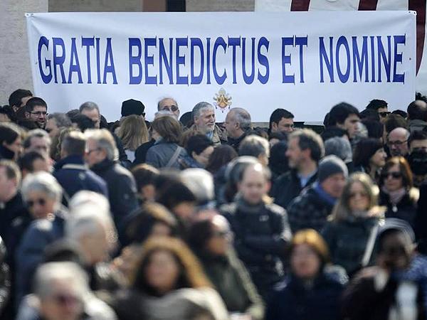 Tłumy wiernych z całego świata dziękowały papieżowi za pontyfikat (Fot.dziennikpolski24.pl)