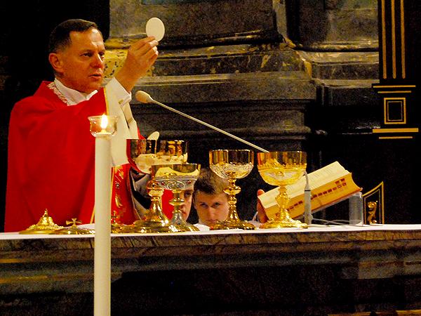 Wielki Piątek w lwowskiej katedrze