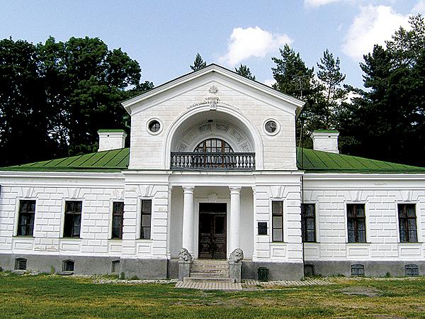 Przybudówka obok pałacu (Fot. Dmytro Antoniuk)