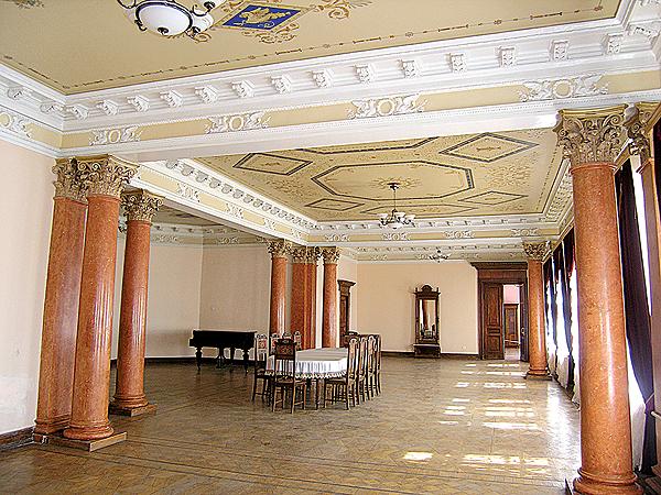 Sala jadalna pałacu (Fot. Dmytro Antoniuk)