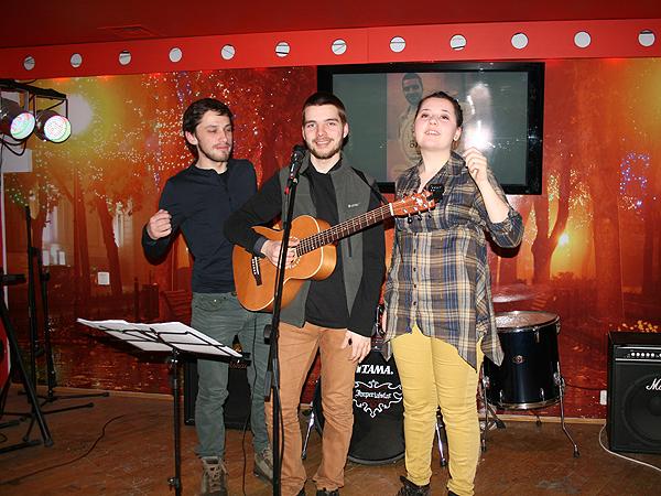Polacy śpiewają o Lwowie