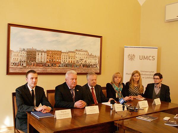 Podczas spotkania w Lwowskiej Radzie Miejskiej (Fot. Eugeniusz Sało)