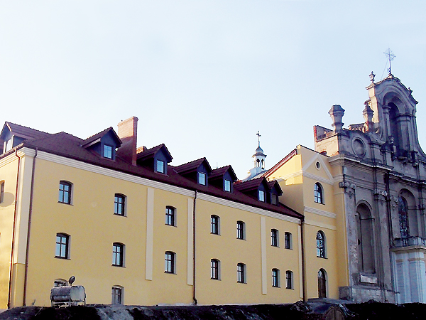 Sanktuarium Matki Bożej Szkaplerznej w Bolszowcach (Fot. archiwum klasztoru)