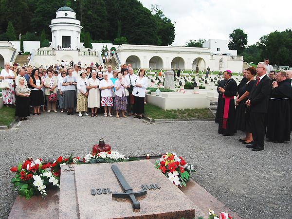 Rocznica ponownego otwarcia Cmentarza Orląt