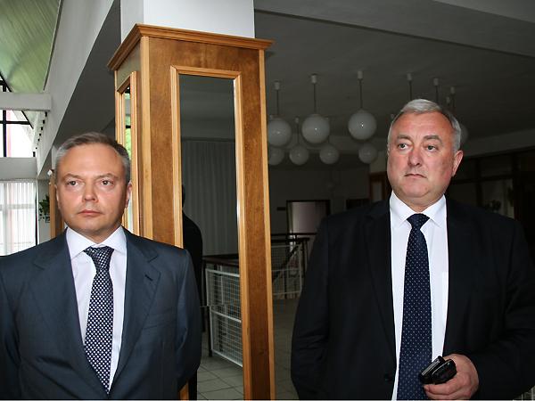Wiceminister Ukrainy Wiktor Majko (od lewej) i ambasador Ukrainy w Polsce Markijan Malski (Fot. Sabina Różycka)
