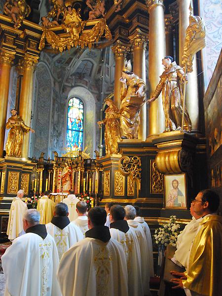 Odprawiana corocznie msza św. w obrządku łacińskim (Fot. Konstanty Czawaga)