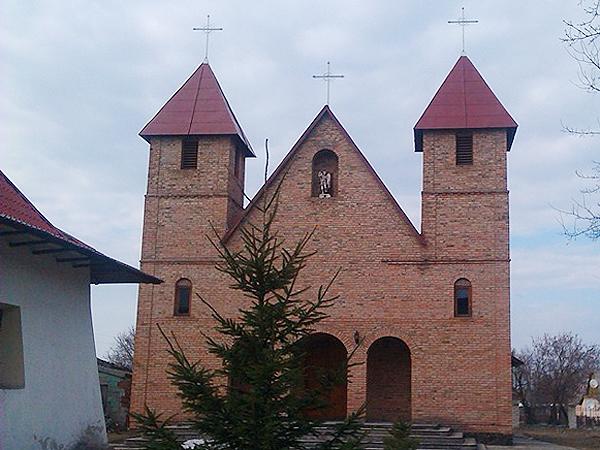Nowy kościół w Kamieniu Koszyrskim (Fot. Agnieszka Ratna)
