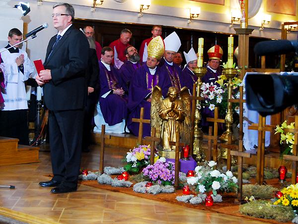 Prezydent RP uczcił ofiary Wołynia podczas wizyty w Łucku na Ukrainie