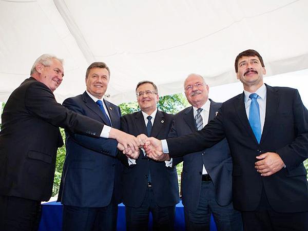 Prezydenci państw Grupy Wyszehradzkiej spotkali się z prezydentem Ukrainy
