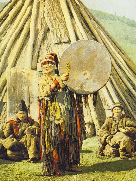 Szamanka na zdjęciu z około 1910 roku (Fot. Wojciech Grzelak)