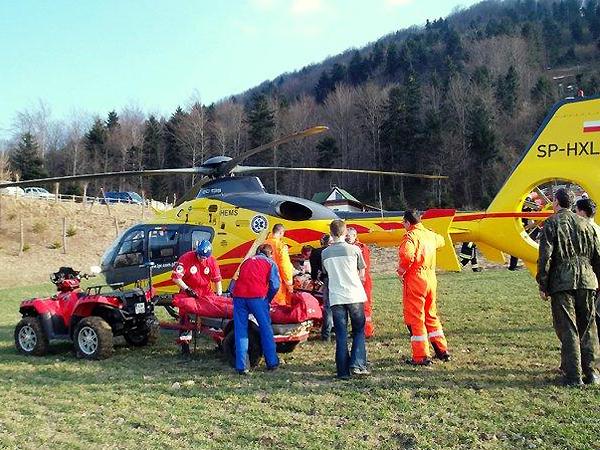 Wypadek paralotniarza na górze Chełm, 24/03/2012 (Fot. goprkrynica.pl)