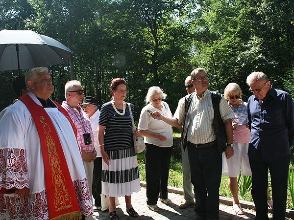 Przemawia Krystyna Stafińska, prezes Koła Stanisławowian w Krakowie (Fot. Sabina Różycka)