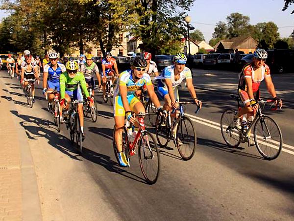 Maraton rowerowy Lwów – Kraków, 2012 (Fot. szczurowa.pl)