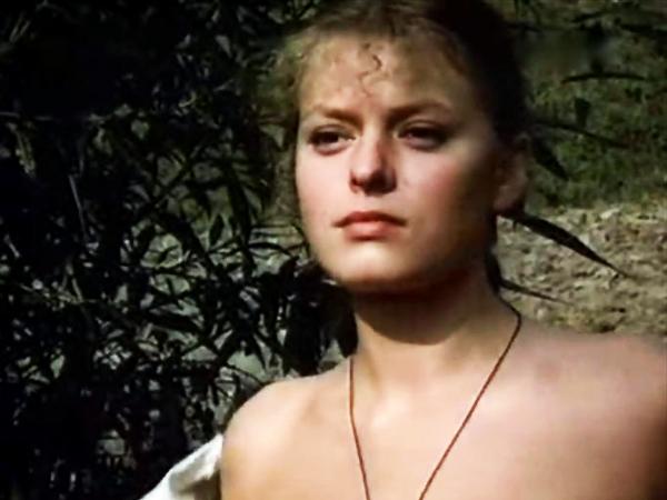 """Jolanta Nowak jako Warszulka w filmie """"Sobol i panna"""", 1983"""