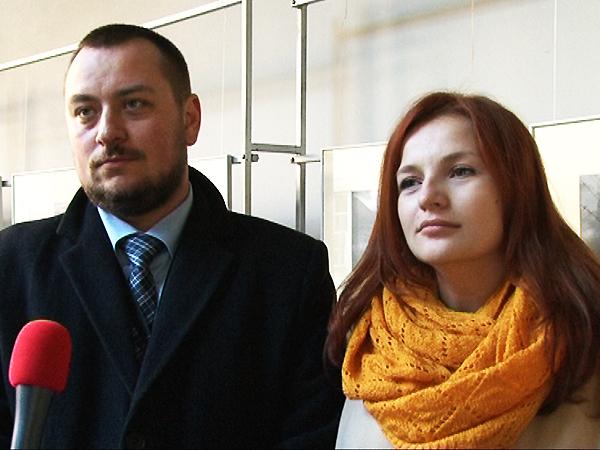 Pracownik IPN Adam Kaczyński i Lwowska artystka-fotografik Danuta Greszczuk (Fot. Eugeniusz Sało)
