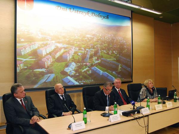 Konferencja prasowa (Fot. Konstanty Czawaga)