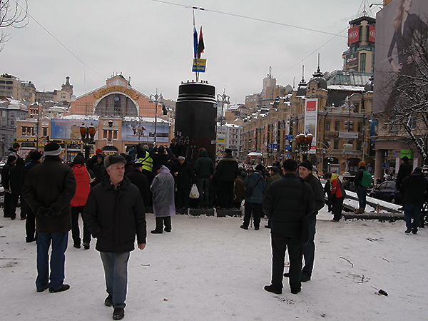 Pomnik Lenina po zburzeniu (Fot. Dmytro Antoniuk)