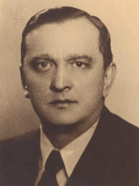 Stefan Banach (1892-1945) – profesor UJK w latach 1922-1945. Od 1972 r. działa Międzynarodowe Centrum Matematyczne jego imienia, a od 1992 r. jest nadawany Medal im. Stefana Banacha. Jest patronem wielu ulic i placów (Fot. z archiwum autora)