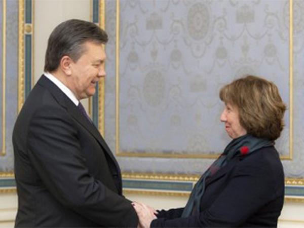 Janukowycz zapewnia o gotowości do dialogu