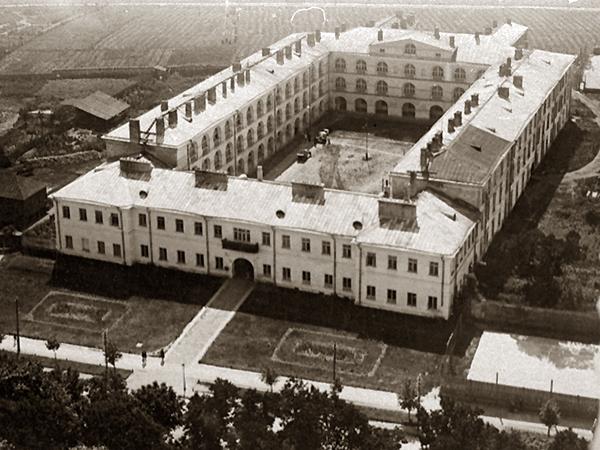 Budynek KUL przy Al. Racławickich w Lublinie, lata międzywojenne (Fot. z archiwum autora)