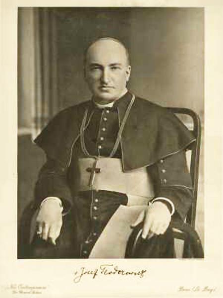 Abp Józef Teofil Teodorowicz (Fot. lwow.home.pl)