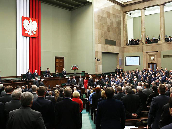 Sejm podjął uchwałę w sprawie sytuacji na Ukrainie
