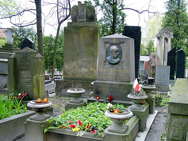 Grób poety na Cmentarzu Łyczakowskim (Fot. www.lwow.com.pl)