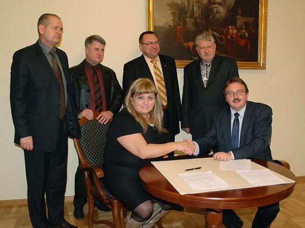 Jarosławska uczelnia nawiązała kontakty z kolejnymi instytucjami na Ukrainie